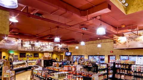 Look's Market Interior